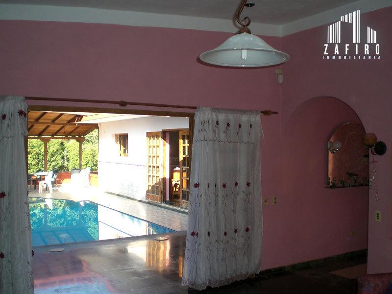 Casa independiente de una planta con piscina en mulgoba for Casa rural con piscina independiente